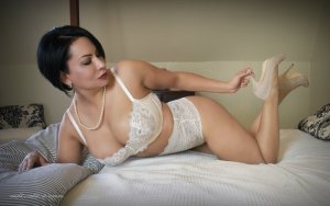 Lincy vip escorts in Ogden