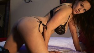 Laissa vip outcall escorts in Hillsboro